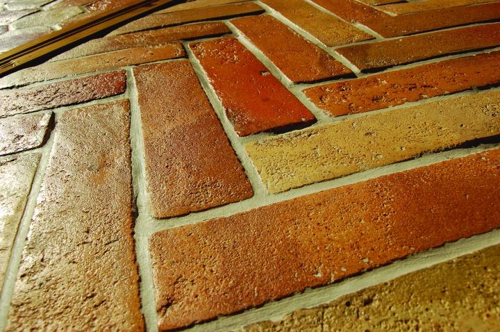 Parquet format terracotta tiles