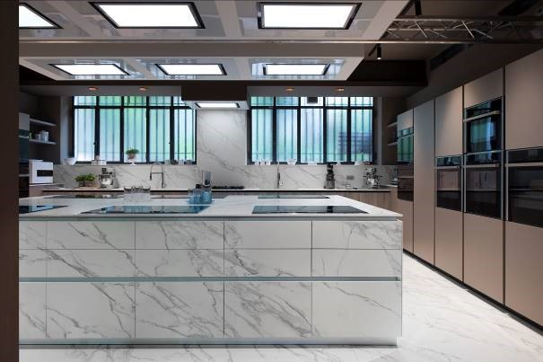 Neolith was specified by Colombo Experience for Sonia Peronaci's new HQ