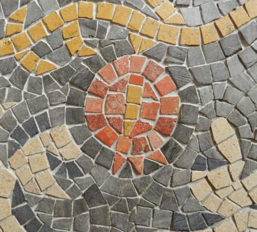 Pomegranate: Helen Miles Mosaics' ogo