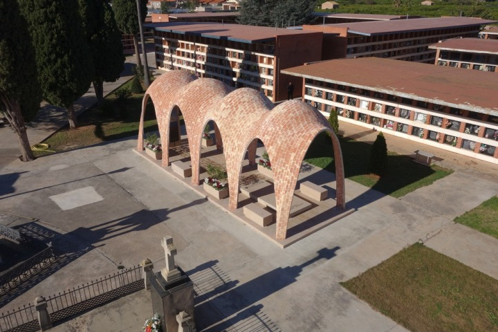 Soriano-Manzanet family vault, Villareal, Spain