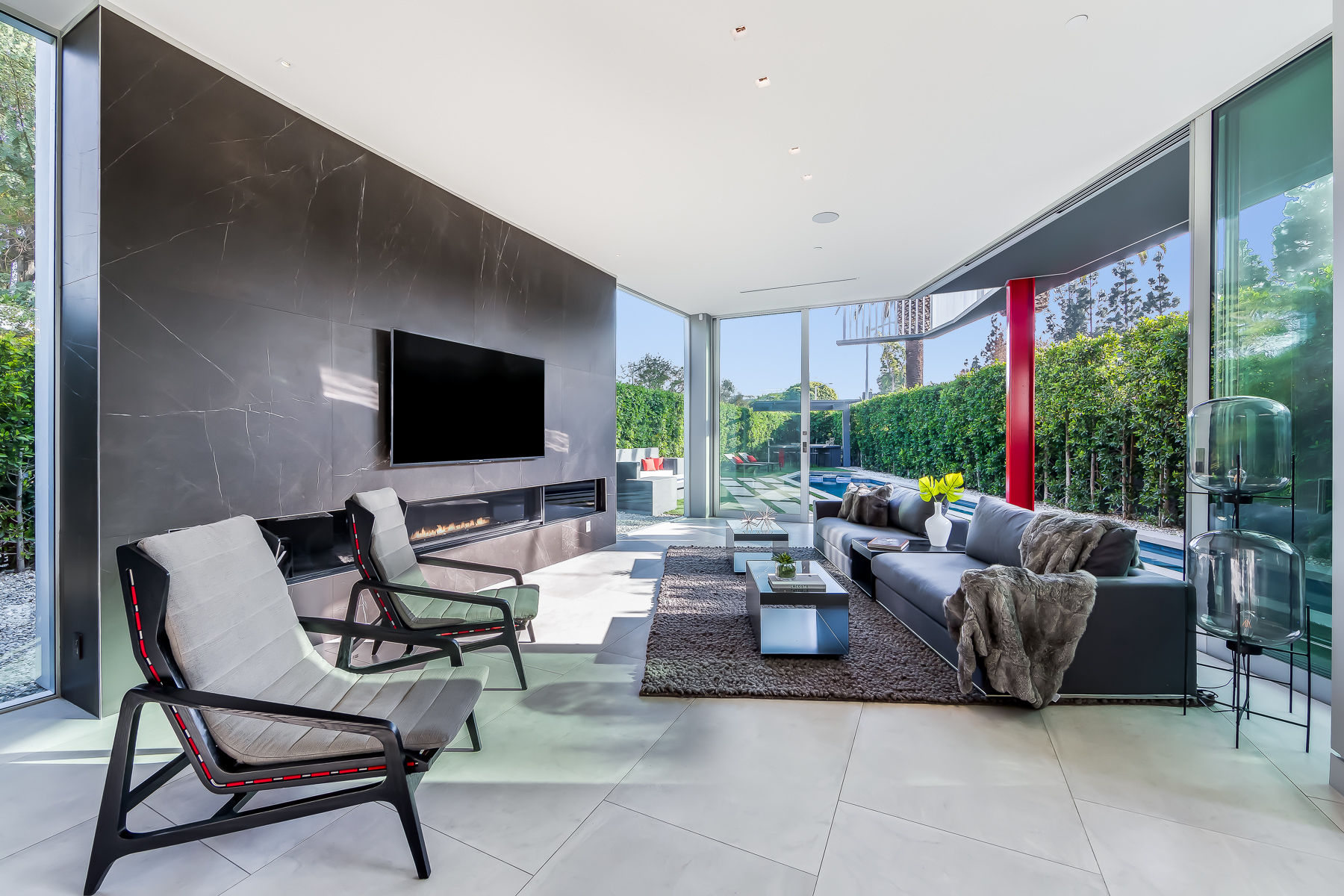 DI Group