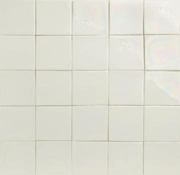 White Iridescence (129x129mm)