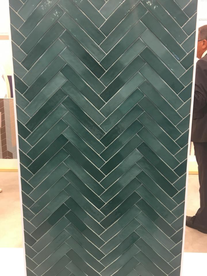 skinny format tile trend cersaie 2019