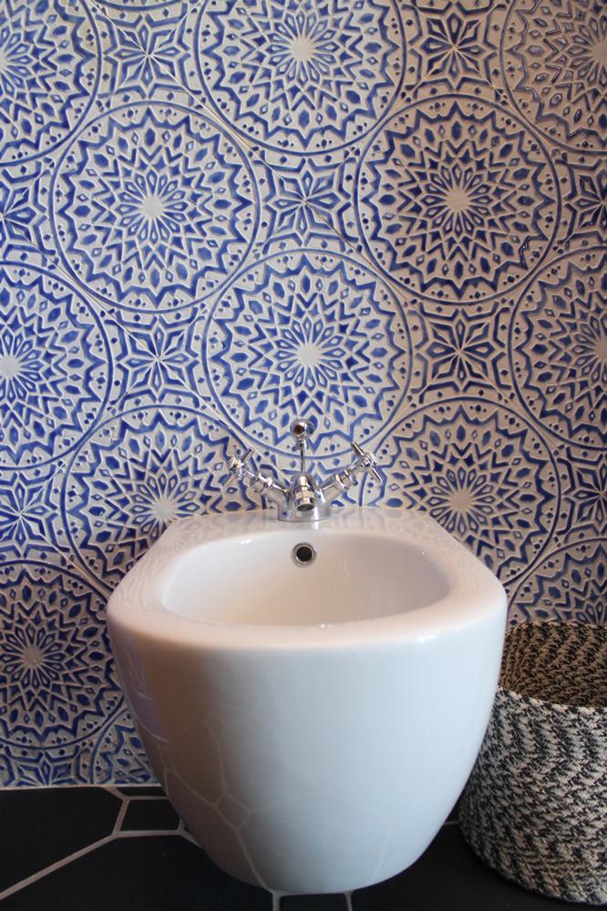 Moroccan-bathroom-tiles-blue---22
