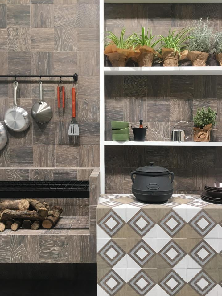 Patchwood Gubbio from Mainzu wood look tile 2020